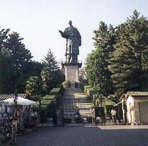 S. Carlo Statue
